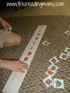 making patterns with letter T cards