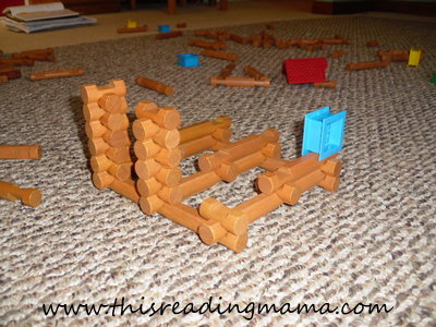 photo of building with Lincoln Logs