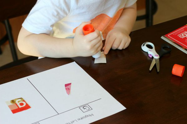 Magazine Letter Hunt and Sort Alphabet Activity - finding and sorting letter g