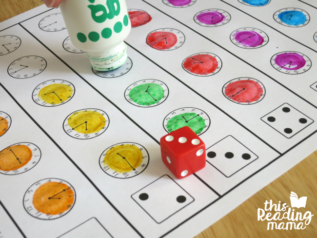 roll and read the time by quarter hour - dot with dot paint